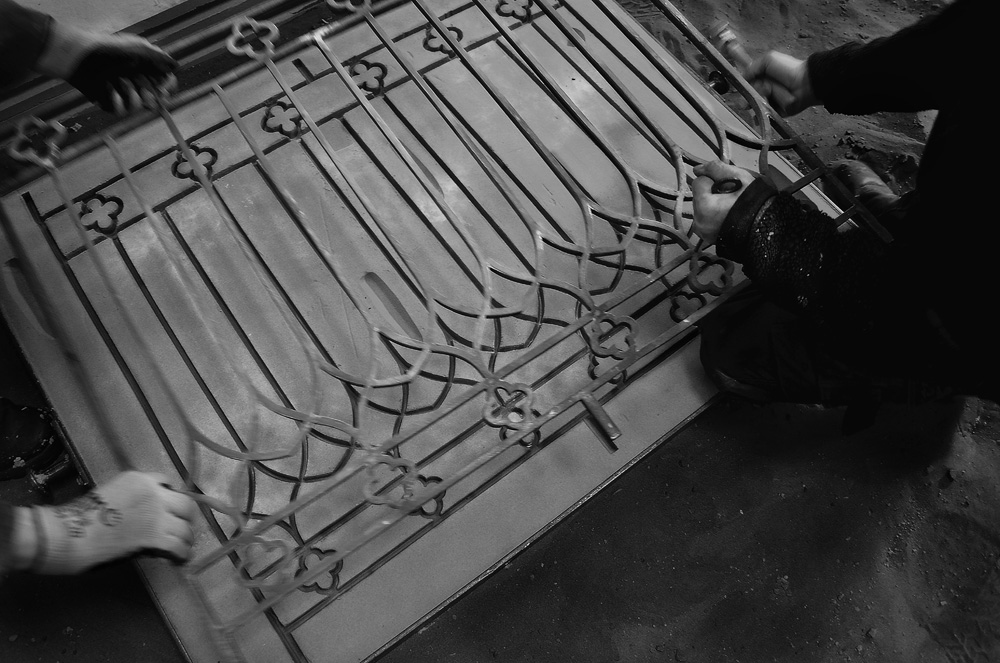 Cast Iron Metal Gates